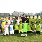 abhishek-yadav-with-players-at-the-kalyani-stadium
